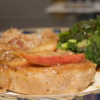 Juicy Slow Cooker Apple Pork Chops.