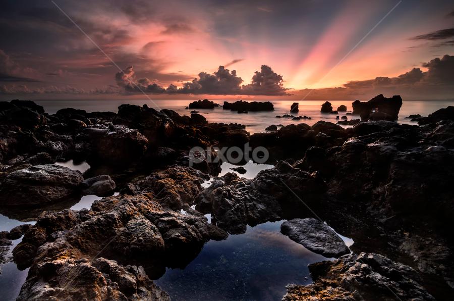 prasi by Raung Binaia - Landscapes Beaches