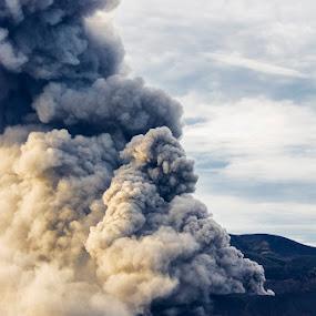 Bromo Eruption by Alfon Adalah Klepon - Landscapes Mountains & Hills ( volcano, mountain, java, bromo, eruption,  )