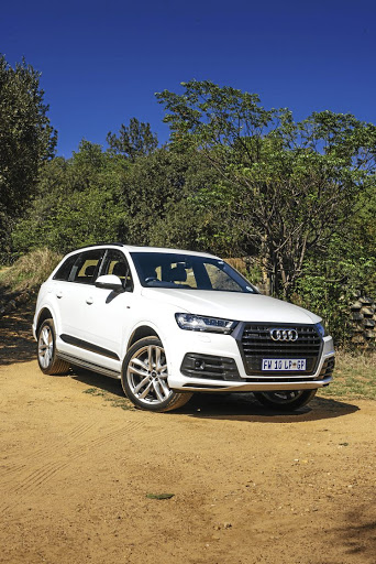 Shopping for an upper-medium luxury SUV? We test 5 of the best