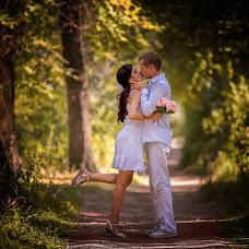 Wedding photographer Vladimir Amangaliev (Pavv). Photo of 25.12.2015