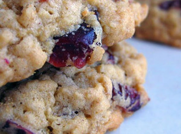 Healthy Grape-nuts Oatmeal Cranberry Cookies  Read Recipe