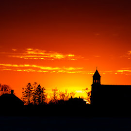 Rural sun-set by Michael Haagen - Landscapes Sunsets & Sunrises ( barn, rural;sun, sunset, sun,  )