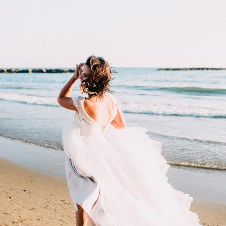 Wedding photographer Diana Bondars (dianats). Photo of 19.01.2018