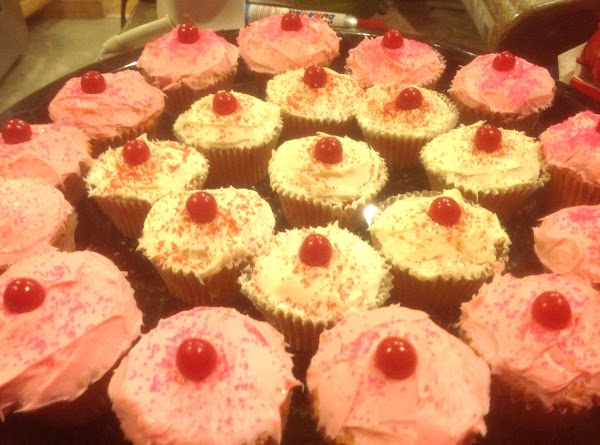 Heavy Whipping Cream Strawberry Cup Cakes Recipe