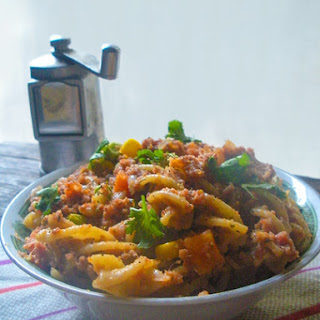 Ramadan Weight Loss Diet Plan - Wheat Pasta with Mutton Mince and Vegetables.