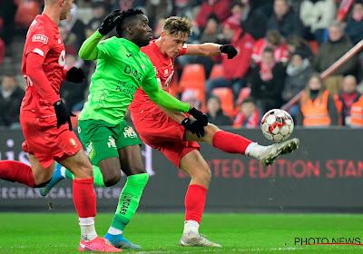 """Sakala na late nederlaag tegen Standard: """"We geloofden echt in de overwinning, maar als we blijven werken volgen de punten wel"""""""