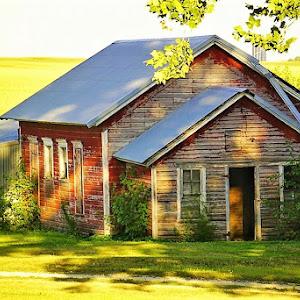 old barn house.jpg