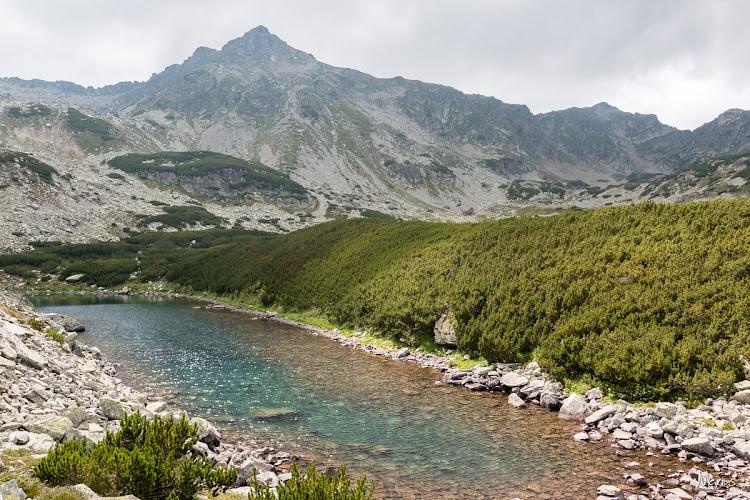 Lacul Verde şi vârful Stoiniţa, foto Marius