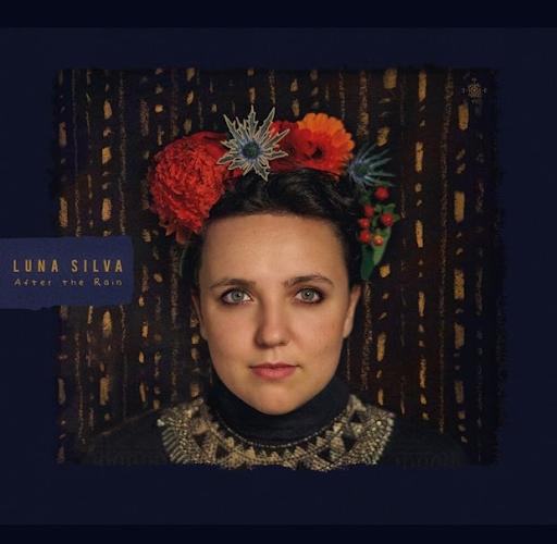 Luna Silva & the Wonders