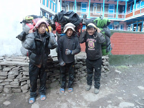 Photo: Probarb, Soman Aster - our very capable porters