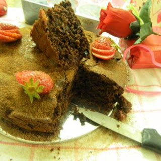 Rustic Strawberry & Chocolate Yogurt Sponge Cake.