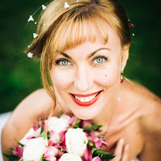 Wedding photographer Irina Shestakova (Iris13). Photo of 20.07.2014