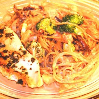 Healthy Carbonara With Veggies and Chicken
