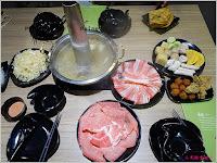 連進酸菜白肉鍋