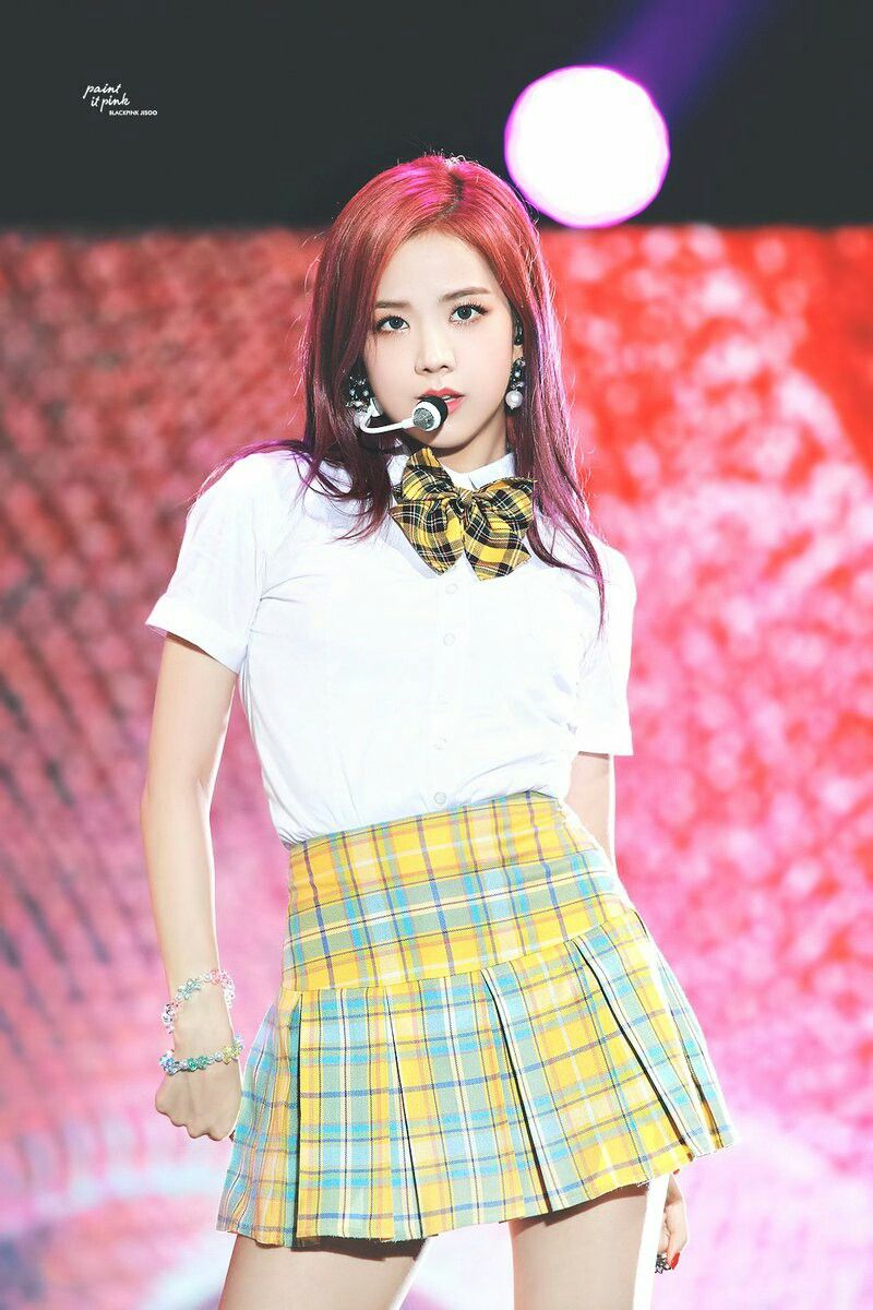 jisoo plaid 41