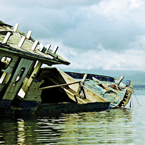 neglected by Hendra De Strijders - Transportation Boats