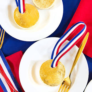 Mini Gold Medal Cakes.