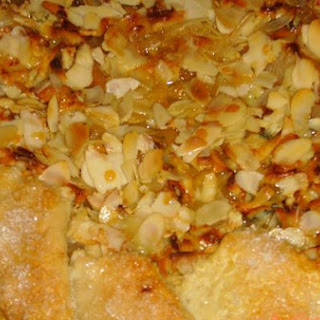 Pear and Blue Cheese Crostata With Honey and Almonds.