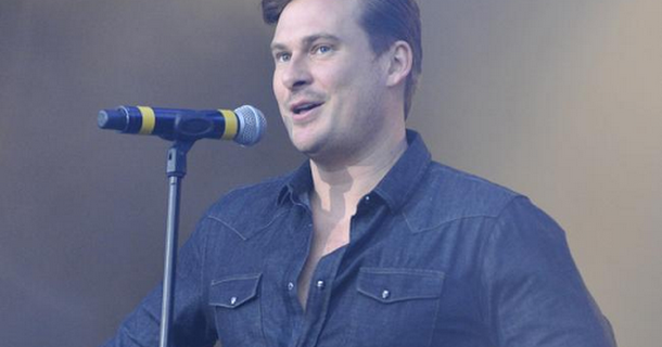 Lee Ryan rushed to hospital