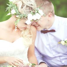 Wedding photographer Tanya Voroncova (MonaDreams). Photo of 04.03.2015