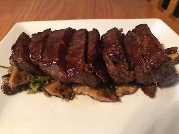 Hoisin Glazed Beef Filet With Shiitake Mushrooms
