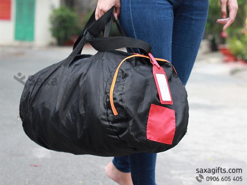 Túi du lịch xếp gọn giá rẻ làm quà tặng doanh nghiệp