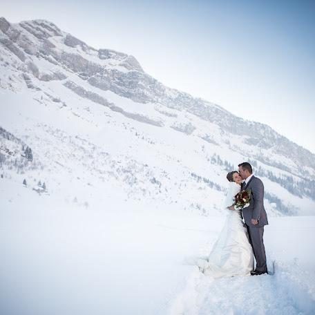 Wedding photographer Pierre Augier (pierreaugier). Photo of 16.04.2015