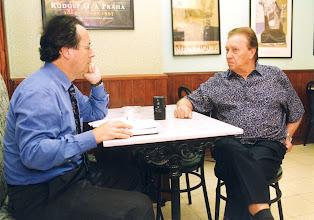 Photo: Amado Moreno con Luis Molowny en el año 2000.