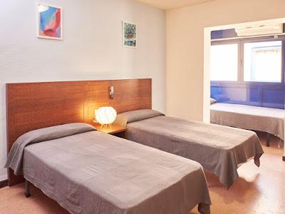 EL HOTEL - Habitaciones