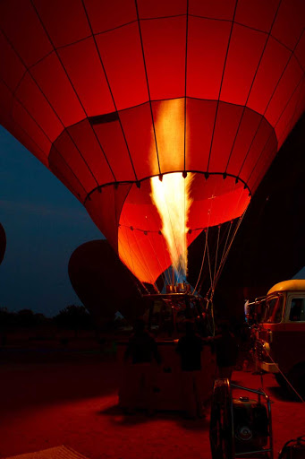 Myanmar-balloon-flame - Our balloon gets fired up and ready to go!
