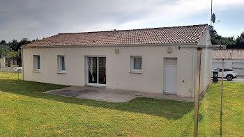 maison à Aubigny (85)