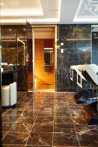 A peek at a suite bathroom on Seven Seas Splendor.