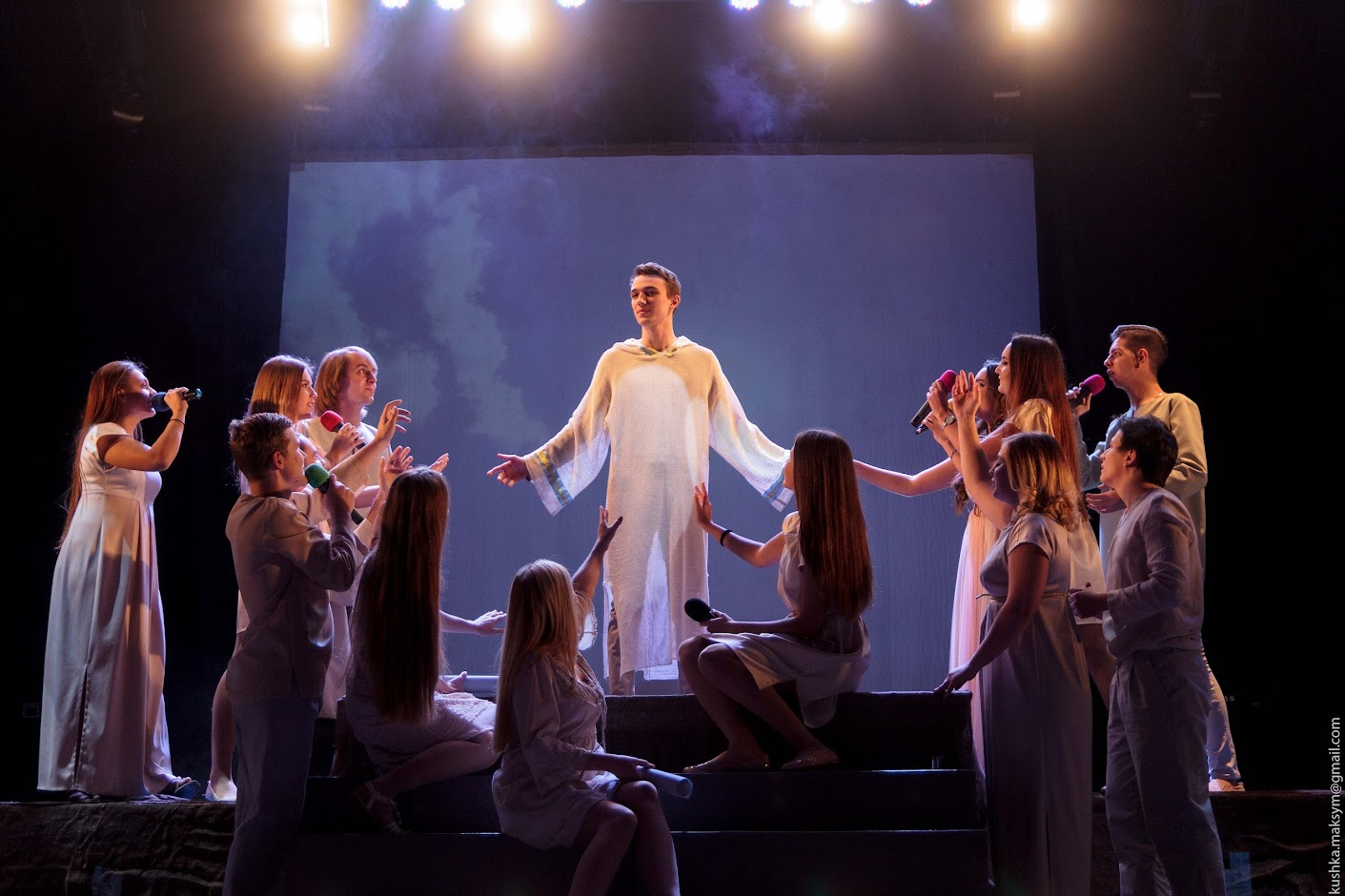 """У Вінниці вперше в Україні представили рок-оперу """"Ісус Христос - суперзірка"""" українською мовою"""