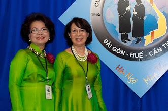 Photo: Từ trái: chị Dương T, Tiến (SVLK SaiGon) & chị Xuân Sơn (SVLK SaiGon)