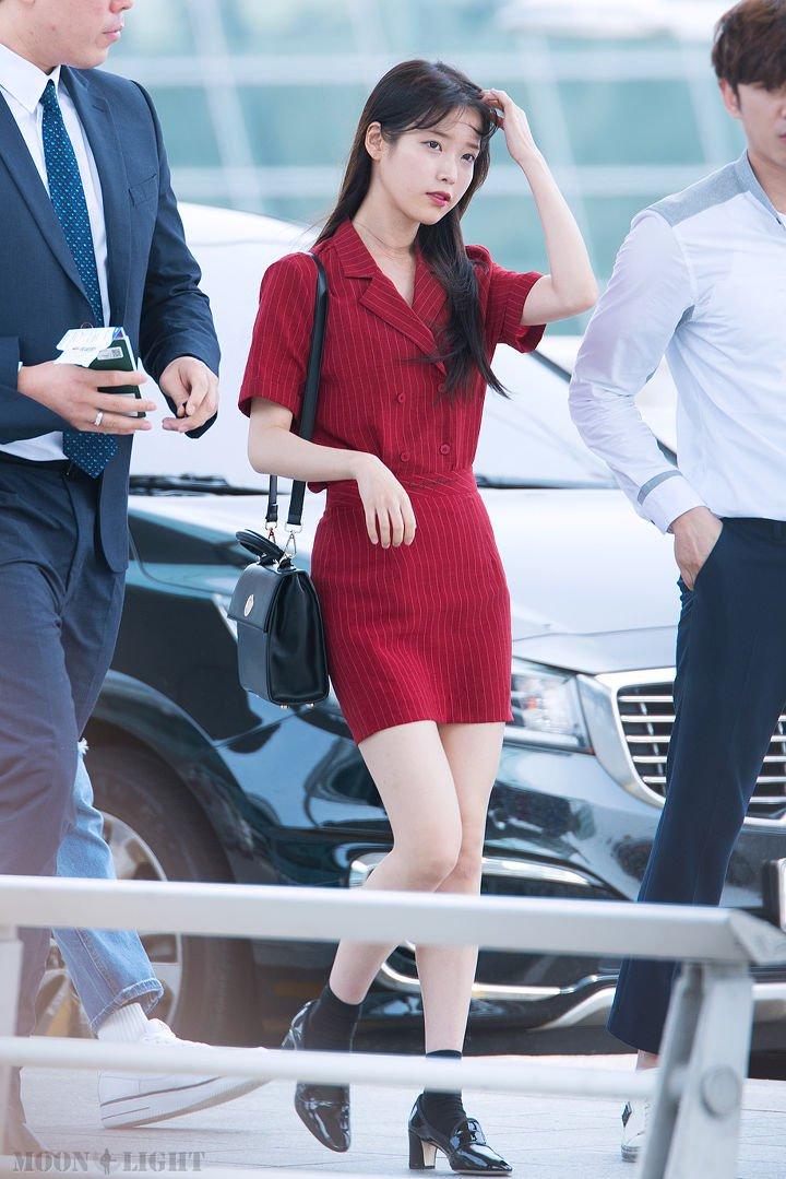 IUs-beautiful-and-neat-fashion-style-5