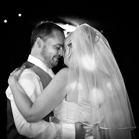 Wedding photographer Lisa Pitchford (pitchford). Photo of 23.03.2015