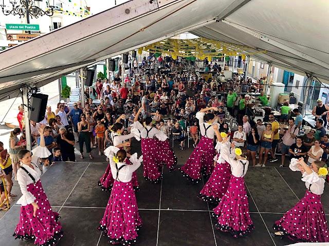 Celebración multitudinaria de la Feria del Mediodía.