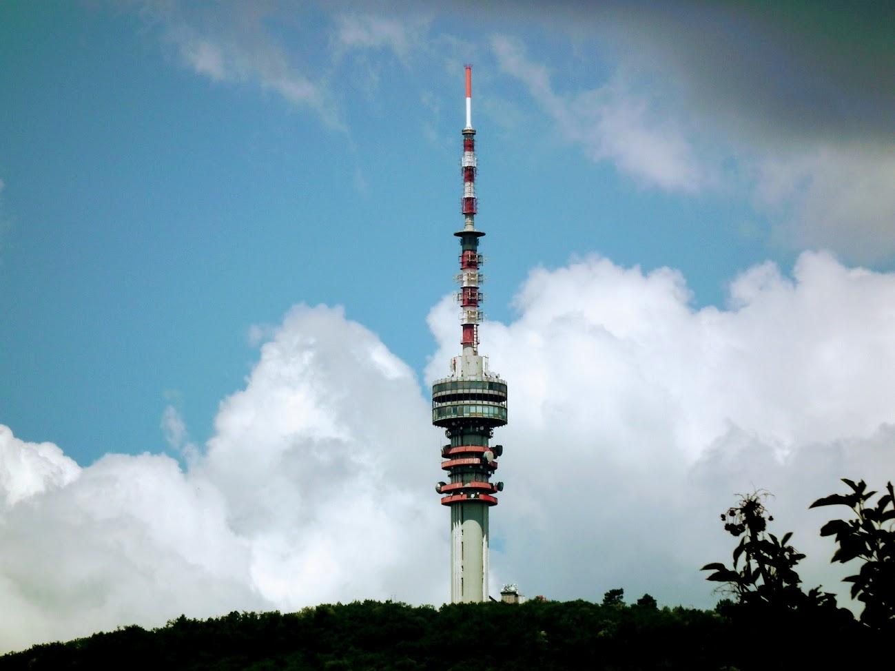 Pécs/Misinatető - TV-URH gerincadó állomás