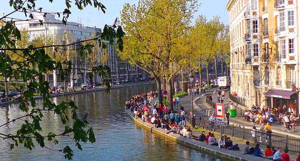 https://parisnotebook.files.wordpress.com/2010/04/canal-st-martin-spring1.jpg