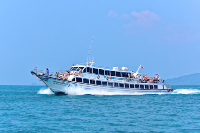 Travel from Ao Nang to Koh Phi Phi by ferry
