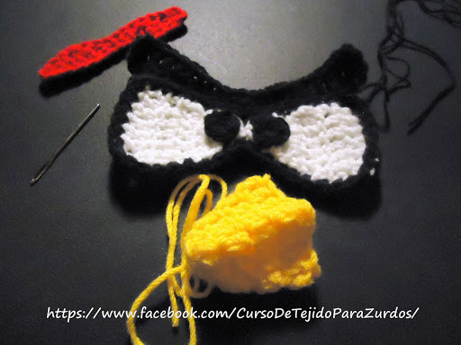 ojos pico cejas y penacho del gorro angry birds tejido al crochet ganchillo para zurdos