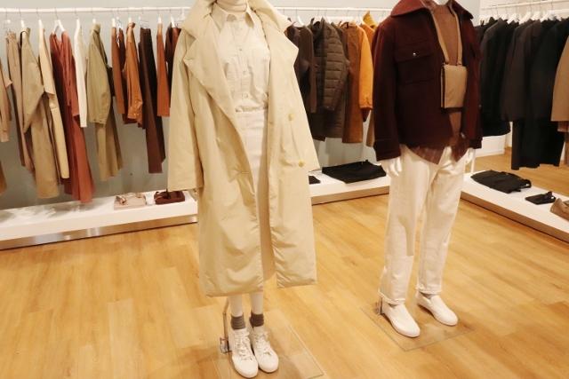 は と ユニクロ ユー ファッションプロが選ぶ「ユニクロ ユー」おすすめ新作3選