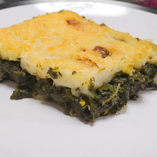 Spinach Pie with Corn Flour Topping (Easy Spanakopita).