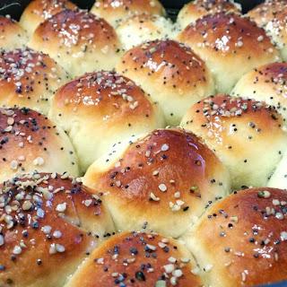 Khaliat Nahal, a Yemeni Honeycomb Bread