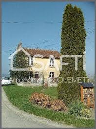 maison à Marcq (08)