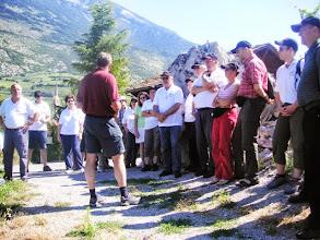 Photo: Wanderung in den Rebbergen von Salgesch unter kundiger Führung