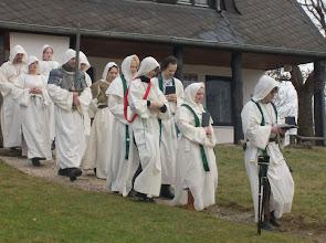 Photo: Die Prozession beginnt ...