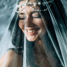 Wedding photographer Anastasiya Smurova (Gweni). Photo of 05.05.2017
