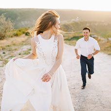 Wedding photographer Sergey Petkoglo (clicklovemd). Photo of 21.05.2017
